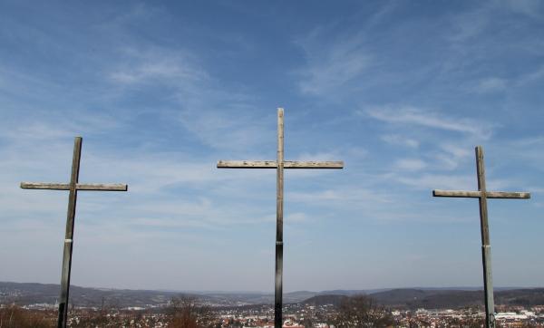 Jesus Between the Criminals