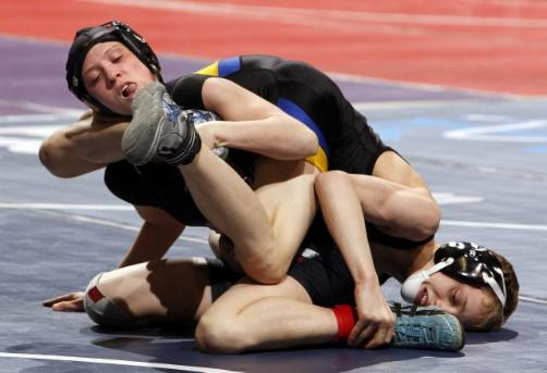 First female wrestler in MN state championship